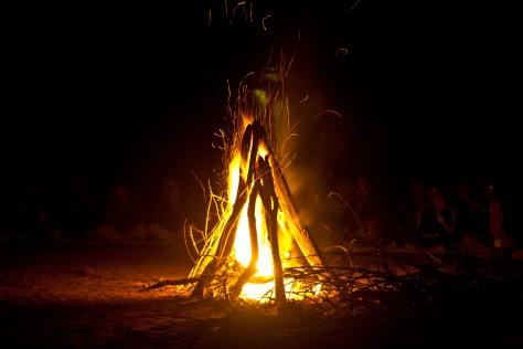 29RCCMAK_-_Campfire_at_base_camp_Susunia_Hill